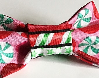 Red and Green Christmas Candy Bow Tie for Male Dogs and Cats