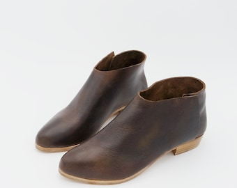 The Terilyn. Raider Dark Brown. 2cm. Handmade ankle boots. Made to order.