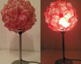 Kugellampe mit Lampenfuß in orange-gelb - unikat, Stehlampe mit tollem Ambiente