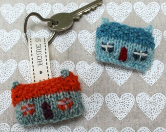 Home Sweet Home Wee House Brooch and Key Ring Knitting Pattern