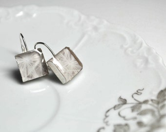 COTTON. Lever-back dangle earrings. (Sterling Silver)