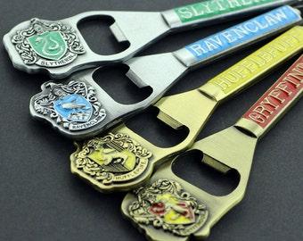 Harry Potter Keychain Bottle Opener Gryffindor Hufflepuff Slytherin Ravenclaw Badge