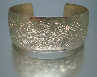 Gold Tone Cuff Bracelet Embossed Design Vintage r
