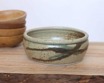 brushstroke bowl -- vintage 70s ceramic serving bowl