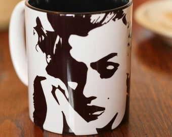 Marilyn Monroe, Norma Jean Baker, Some Like It Hot, The Seven Year Itch, Gentalmen Prefer Blondes, Actress, Portrait Hand Painted Cup