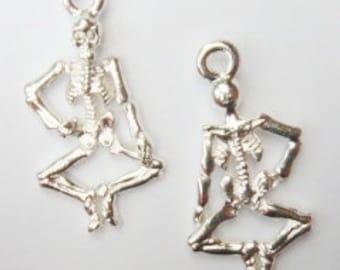 "10 Skeleton Charms ""silver tone"" 26x13mm ITEM:AI13"
