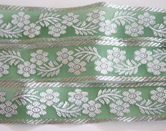 floating silver - Sea Green Bollywood Trim with Silver flowers (1 meter)