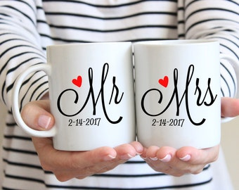 Personalized Wedding Gift | Mr and Mrs Mugs | Newlywed Gift | Wedding Gifts | Couples Mugs | Housewarming Gift | Engagement