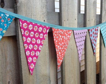 SHABBY CHIC BANNER-Shabby Floral Fabric Garland Bunting-Flower garland--Pink Blue Turquoise Coral Flower Flags--Modern Shabby--Country Style