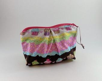 Cupcake Delight Print Zip Bag Cosmetic Bag Travel Bag Zippered Makeup Bag Snack Bag