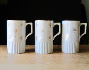 Vintage Porcelain Mugs, Clover Mugs, Vintage Coffee Mugs, Gold Painted Mugs, Vintage Japan, Vintage Tea Cups, White And Gold Mugs