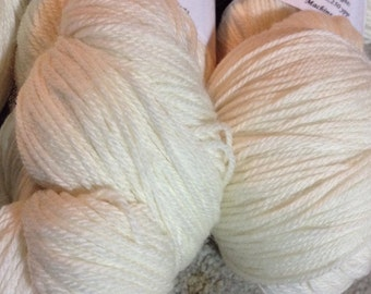 SW Merino Lace Weight Sock Yarn - Natural White - 100g Skein