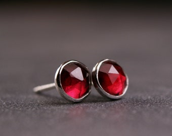 5mm rose cut garnet bezel set stud earrings sterling silver