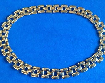 "Vintage! Gold tone link necklace 18"" long x 5/8"" wide - very classy ."
