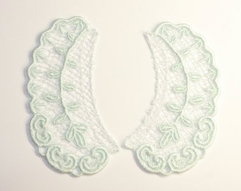 Lace Collar in AQUA for 18 inch dolls such as American Girl #CR43