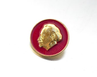 Vintage Bulgarian Pin Georgi Dimitrov Dimitroff Red Gold small Badge Pin Communist Trophy, OHTTEAM, Communist memorabilia Ussr Soviet