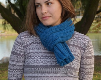 Blue Hand Knit Ribbed Scarf