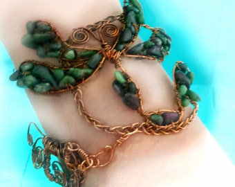 Dragonfly bracelet-cuff bracelet-Copper bracelet-Wrap bracelet-Crystal Bracelet-Healing Crystal Jewelry-Dragonfly Jewelry-The dragonfly-gift