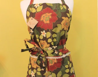 Apron/Full bakers apron/cloth lined apron//cooking apron/heavy cotton/floral apron /handmade by Fruition by Jenni Field