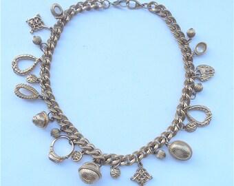 Vintage Gold Charm Necklace Chunky Designer Necklace Oversized Signature Necklace Iconic Charm Necklace Skeleton Key Chunky Charm Necklace
