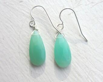 Chrysoprase Earrings, Gemini Birthstone, May Birthday, Spring Fashion, Green Gemstone Earrings, Green Gemstones, Real Gemstones