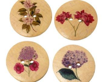 Set of 4 large wooden buttons painted floral motif