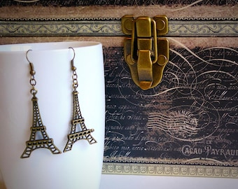 Bronze Eiffel Tower dangling earrings, Paris, gift for her, stocking stuffer, handmade by Felicianation