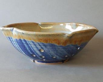 Scalloped Large Berry Bowl Collander Strainer in Blue Tan Orange Bronze Speckle