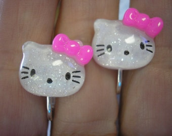 """Play Earring - Clip - Kitty - White w/Pink Bow - 5/8"""""""