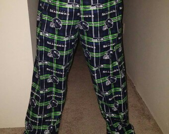 Seahawks cozy flannel launch pants pajama bottoms. Size 10 to 16 years old.