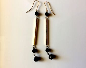 Drop earring style ART DECO brass and black glass beads