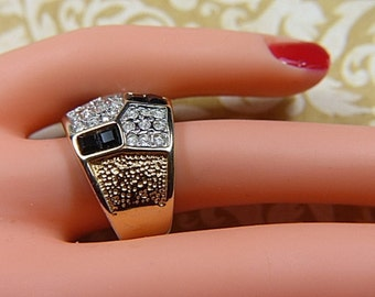 Vintage Checkerboard Style Black and Clear Rhinestone Ring -- Size 6.5 - R-499