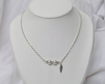 Silver plated chain, light grey pearls necklace