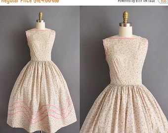 25% OFF SHOP SALE..//.. vintage 1950s pink and yellow floral cotton full skirt dress Small 50s summer sun dress with floral print