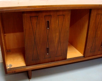 SOLD Mid Century Walnut Credenza with Sliding Doors and Bowtie Design