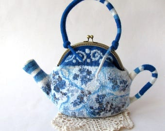 Felted  teapot  purse , Blue white flower, Blue teapot , Felt purse , Cosmetic bag , Felt teapot , original purse outdoors gift