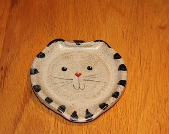 Pottery Cat Spoon Rest