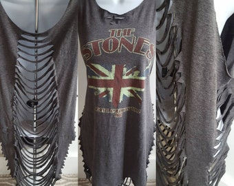 The Rolling Stones / Vintage style/ shredded shirt / rough cut / slashed and thrashed / band tee
