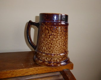 "RARE Vintage MEDALTA Pottery 5 3/4""  24 OZ Beer Stein Redcliff Alberta   Circa 1966-1973"