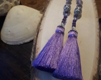 Long tassels with amethyst