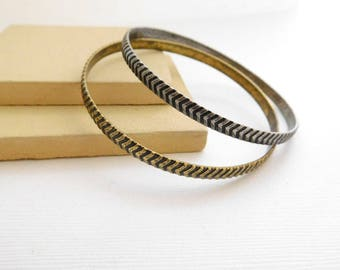 Retro Set Distressed Silver Antique Gold Chevron Pattern Bangle Bracelet II48