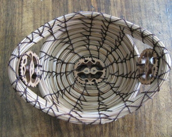 Accent Pine Needle Basket