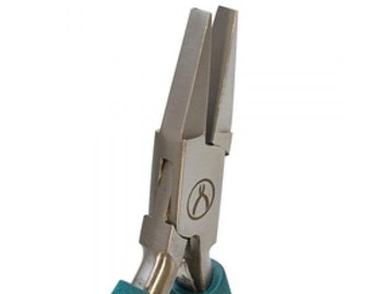 Wubbers Classic Wide Nose Pliers for jewelry makers