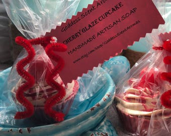 Cherry Glaze Cupcakes