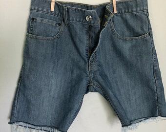 Vintage levi denim 511 cut off jeans  29