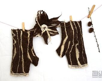 Chocolate Brown, Felted wool, Fingerless gloves, Brown Felted gloves, Cream and brown, Wool mittens, Natural Wool gloves, Brown felt flower