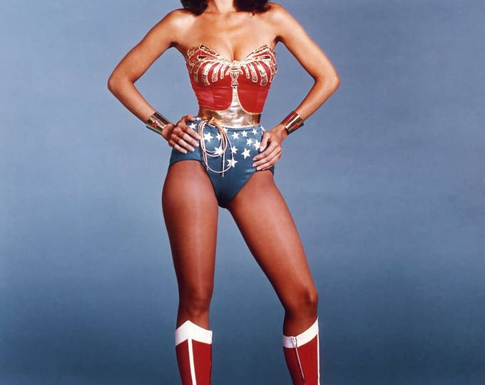 "Lynda Carter as ""Wonder Woman"" - 5X7, 8X10 or 11X14 Publicity Photo (ZY-921)"
