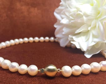 White Pearl Necklace with golden lock