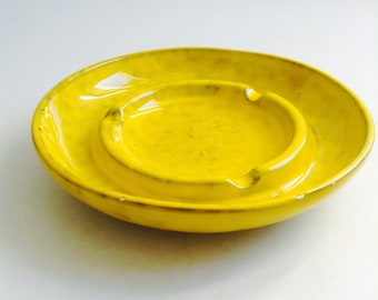 Vintage Italian Art Pottery Ashtray.  Italy PV, 6630.  1960's.   Yellow Chartreuse Glaze over black.