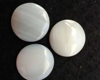 Vintage Mother of Pearl 18mm Round Cabochons